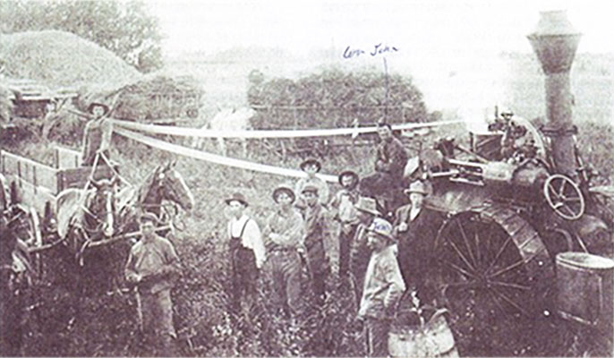 Tom Miller's Threshing Machine in Kirkpatrick