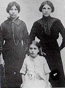 Nora Fidler, Edith Gibson and Gertrude Fidler