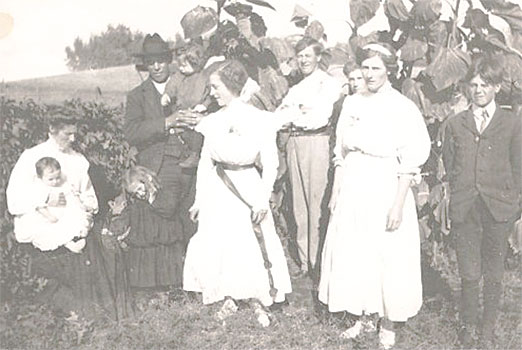 Rita and Alfred Spence Family with Rits's siblings