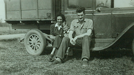 Archie McLeod and wife Isobel in 1947