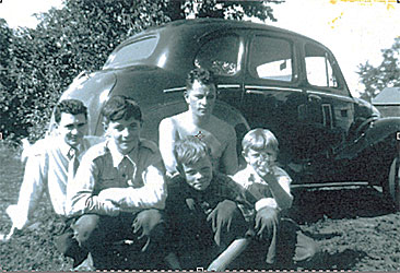 Gordon and Ernie Still with youngest brothers John, Gary and Ken