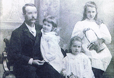 Eugene Walters and Daughters circa 1902